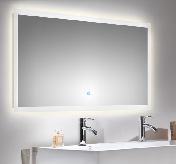 Leuchtspiegel 140 cm breit mit Touch Funktion